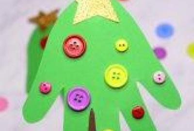 Christmas Crafts with Artist Valerie for 4 -7 Year Olds